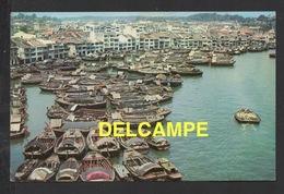 DF / SINGAPOUR / THE SINGAPORE RIVER / BARQUES CHINOISES ET SAMPANS / CIRCULÉE EN 1961 - Singapour