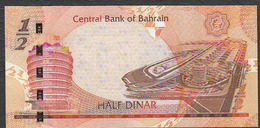 BAHREIN  (BAHRAIN) : 1/2  Dinar - 2007  - UNC - Bahrein
