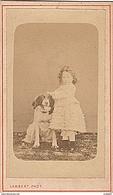 PHOTO CDV 19 EME JEUNE FILLE ET SON CHIEN Cabinet LAMBERT A CHANTENAY SARTHE - Anciennes (Av. 1900)