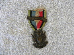 MEDAILLE COMMEMORATIVE DE LA GUERRE 1870-1871 OUBLIER JAMAIS - Médailles & Décorations