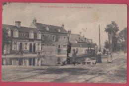 80 - SAILLY FLIBEAUCOURT----La Rue Principale Et La Mare---animé - Andere Gemeenten