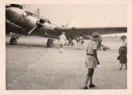 810Mé   Photo N°2 Cote D'Ivoire Abidjan Aeroport Avion Années 50 - Côte-d'Ivoire
