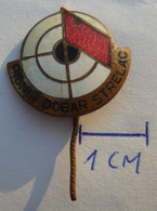Yugoslavia - Shooting Good Shooter Pionir Dobar Strelac   PINS BADGES P - Archery