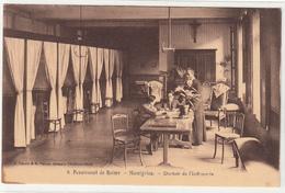 CPA- MOMIGNIES (Belgique) Pensionnat De Reims - MOMIGNIES- Dortoir De L' Infimerie- Animée- TBE - Momignies