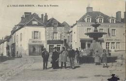 L'ISLE-SUR-SEREIN PLACE DE LA FONTAINE COMMERCES 89 - L'Isle Sur Serein