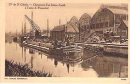 PENICHES Barge - 59 - WASQUEHAL : Cie De SAINT GOBAIN - Chargement D'une PENICHE D'acide - CPA - Astkähne Aken Chiatte - Embarcaciones