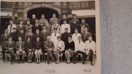 PHOTOGRAPHIE LYCEE J.B.  SAY PARIS ANNEE 1962-1963 AVEC LES NOMS AU VERSO  FORMAT  24 X 18 CM - Schools