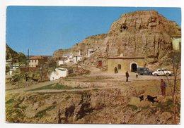Espagne --PURULLENA -- Grottes De Purullena (petite Animation,voitures Dont Citroen 2CV, Chèvres ) - Espagne