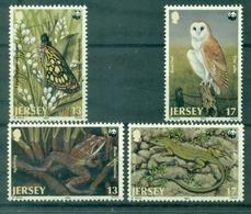 JERSEY N°470 / 473 Oiseaux,papillons,grenouille,lézard  N Xx TB.cote:7.50 €. - Jersey