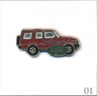 Pin's Automobile - Rover / Discovery - Carrosserie Bordeaux. Non Estampillé. Zamac. T580-01 - Rallye