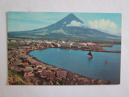 Philippines The Volcanic Peak Mt Mayon Near Legaspi Volcan Pan Am - Philippines