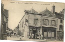 CHATILLON SUR LOIRE  PLACE DE L HOTEL DE VILLE - Chatillon Sur Loire