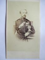 Superbe Photographie CDV - Officier Artilleur à Cheval - Décorations - Epoque Napoléon III -  Photo H. Baudon, Grenoble - War, Military