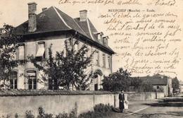 NEUFCHEF   - Ecole - Autres Communes