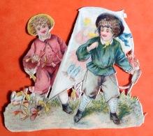 Chromo Découpis Circa 1900 Enfant Jeu Cerf Volant 9cm X 7 Cm - Enfants