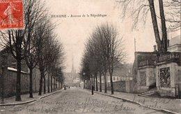 BEAUNE ( 21 ) - Avenue De La République - Beaune