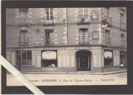 Nantes - Rue De L'Arche Seche, Café Restaurant Antoine - Nantes