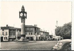 69 // LA DEMI LUNE    Carrefour De L'Horloge  46532 - France