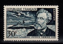 YV 1026 N** Jules Verne Cote 9 Euros - France