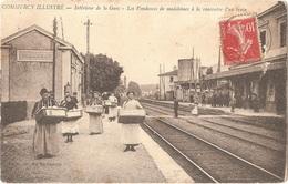 Dépt 55 - COMMERCY Illustré - Intérieur De La Gare - Les Vendeuses De Madeleines à La Rencontre D'un Train - Commercy