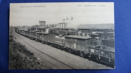 CPA LAQUEILLE 63 LA GARE TRAINS AUVERGNE PITTORESQUE 3274 - Otros Municipios