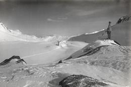 FLÜELA-PASS → Skifahrer Vor Dem Hospiz, Ca.1930 - GR Grisons