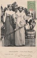 CPA - Madagascar - Diego SuarezToilette Femme Malgache - Madagascar