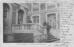 BERNAY - 1905 - Le Collège - Perron De La Cour D'honneur - Bernay