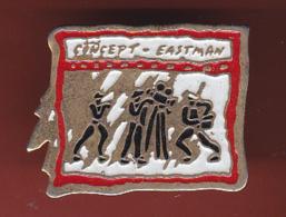 54444- Pin's.concept Eastman Kodak .photo. . - Fotografia