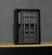 Lego Cadre Noir Ref 4071 Et Porte Gris Fonce Ref 4611 - Lego Technic