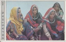 CPM  Rajasthan Femmes Pendant La Foire De Pushkar - Inde