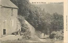 """CPA  BELGIQUE """"Bords De La Meuse, Le Charot Près De Waulsort"""" - Belgique"""