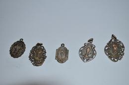 1 Lot De Médailles Religieuses Anciennes Argent 13.85g - Religion & Esotérisme