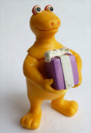 Figurine CASIMIR AVEC UN CADEAU - 2002 - PLASTOY - Figurines