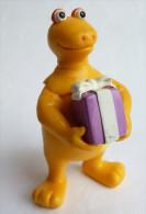 Figurine CASIMIR AVEC UN CADEAU - 2002 - PLASTOY - Autres