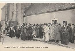 CHASSE A COURRE - Fête De La St Hubert - Sortie De La Messe - Caza