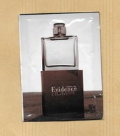 POCHETTE ECHANTILLON SACHET POCKET COMME UNE EVIDENCE * YVES ROCHER - Perfume Cards