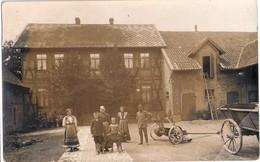 EVERN Bei Sehnde Original Private Fotokarte Braun Bauernhof Belebt Gelaufen Als Bahnpost ZUG 877 25.10.1912 - Sehnde