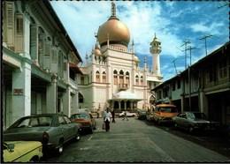 !  Moderne Ansichtskarte Singapur, Singapore, Sultan Mosque, Moschee, Autos, Cars - Singapur