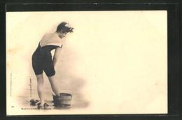 AK Baigneuse Trempée, Junge Frau In Badeanzug - Moda