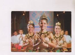 CPM THAILAND, BEAUTIFUL THAI DANCERS, THE DUSIT THANI S  SUKHOTHAI RESTAURANT - Thailand
