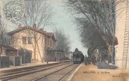 84-BOLLENE-LA GARE-LOCOMOTIVE-N°R2047-E/0001 - Bollene