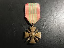 Croix De Guerre 1939-1945 - 1939-45