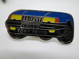 PIN'S    VOLVO   TONY  REVINS - Badges