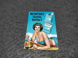 RARE ANTIQUE POCKET CALENDAR ADVERTISING NEWPORT CIGARETTES PIN UP 1965 - Calendriers