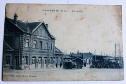 CPA 62 Etaples La Gare Voitures Anciennes 1929 - Etaples