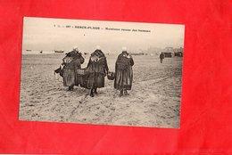 Carte Postale - BERCK PLAGE - D62 - Matelotes Retour Des Bateaux - Berck