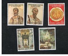 VATICANO (VATICAN) - UNIF. 448.452 - 1967 19^ CENTENARIO SANTI PIETRO E PAOLO: SERIE COMPLETA DI 5  -  MINT** - Vaticaanstad