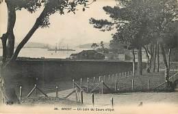 BREST - Un Coin Du Cours D'Ajot  - ELD - 39 - Brest