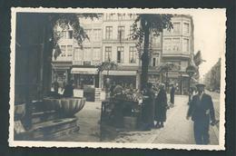 LIEGE. Photo Carte. Place Du Marché, Rue Des Mineurs Et Feronstrée. Fontaine, Animation. - Liege